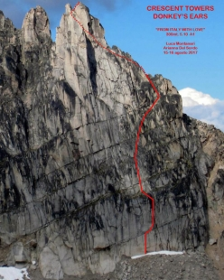 The route line of From Italy with love sul Donkey's Ears, Crescent Towers, Bugaboos, Canada (Luca Montanari, Arianna Del Sordo 15-16/08/2017)