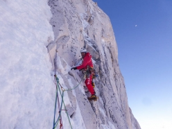 Shivling Shiva's Ice: Simon Gietl climbing mixed terrain on the headwall ramp