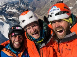 Cerro Kishtwar: Stephan Siegrist, Julian Zanker and Thomas Huber on the summit at 6155 meters!