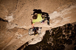 Tommy Caldwell on the massive dyno on Mescalito, El Capitan, Yosemite
