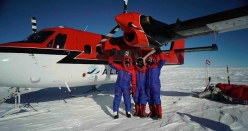 Leo Houlding, Mark Sedon and Jean Burgun at the start, on the Union Glacier