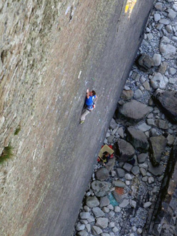 Dave Birkett making the third ascent of The Walk of Life, Dyer's Lookout, North Devon, England.
