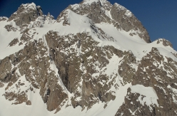 Épaule sud on Grande Floria, Aiguilles Rouges, and the line Diagonal descended by Yannick Boissenot and Julien Herry