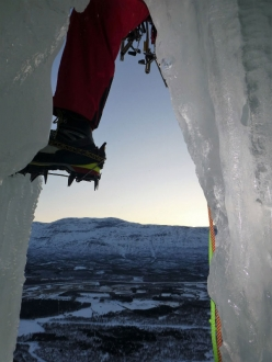 Ice Climbing in Norway: Storstampen