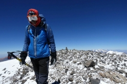 Los Picos 6500: on the summit of Volcan Tupungato 6570 m