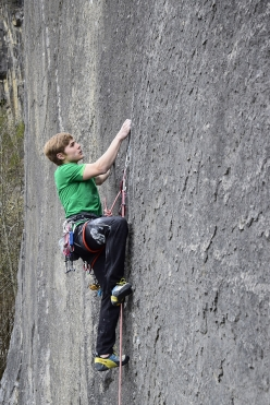 16-year-old Nemuel Feurle climbing his first-ever trad route, Prinzip Hoffnung at Bürser Platte, Austria
