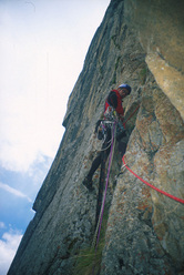 Marco Zebochin climbing Troubles, cough and fever (540, 6b+, A1), parete nord Roungkhanchan 1, Nangma Valley, Pakistan