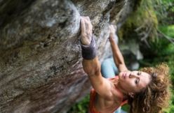 Sara Grippo, special guest of the GraMitico bouldering meeting in Valle di Daone, Italy