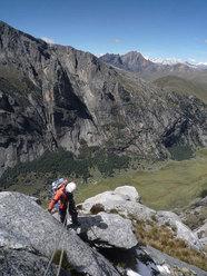 """Day 3 """"El sueño de los excluidos"""" Nevado Shaqsha (5703m, Huantsàn massif, Cordigliera Blanca, Perù)"""