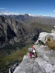 """Day 4 """"El sueño de los excluidos"""" Nevado Shaqsha (5703m, Huantsàn massif, Cordigliera Blanca, Perù)"""