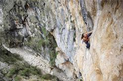 Nina Caprez su Hotel Supramonte (400m, 8b), Gola di Gorroppu, Sardegna