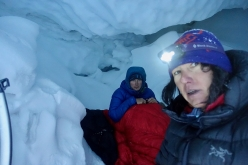 Shishapangma Expedition 2018: Luka Lindič and Ines Papert in the ice cave after the avalanche on Nyanang Ri.