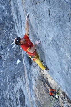 Roger Schaeli up the North Face of the Eiger, Airplane Mode