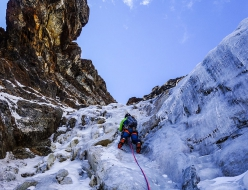 Making the first ascent of  Pray for porters Arakam Tse South Col, Nepal (Laurent Thévenot, Symon Welfringer 10/2018)