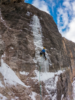 Hannes Lemayr climbing Airport in Val Lietres, Dolomites with Daniel Ladurner