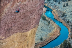 Adam Ondra a-vista su Just Do It, il primo 5.14c (8c+) degli USA situato a Smith Rock, liberato dal climber francese Jean-Baptiste Tribout nel 1992.