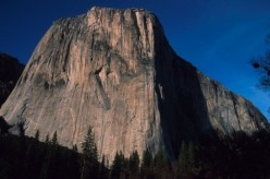 The immense SW Face of El Capitan in Yosemite Valley, USA. In the centre, the characteristic Heart formation