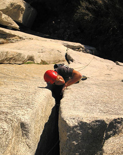 Sacherer Cracker, 5.10a, El Capitan, Yosemite, USA.