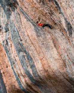 Stefano Carnati climbing Pal Este 8c in the sector Espadelles at Margalef in Spain