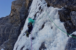 Ines Papert making the first repeat of Selvaggia sorte, Cima Tosa (Brenta Dolomites), carried out on 01/01/2019 with Luka Lindič