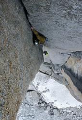 Leopoldo Faria climbing an off-width