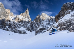 The exceptional photo taken by Ruggero Arena of Stefano Lorenzon skiing in the Travignolo area of the Pale di San Martino that The photo that won the qualifying stage of the Arc'teryx King of Dolomites 2019