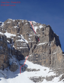 The line of the East Face of Cima Tosa in the Brenta Dolomites climbed and skied by Luca and Roberto Dallavalle on 03/03/2019