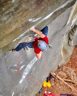 Jacopo Larcher climbing his trad testpiece Tribe at Cadarese, Italy