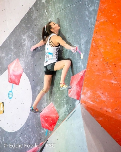 Lucka Rakovec in the Semifinals of the Moscow stage of the Bouldering World Cup 2019