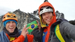 Ulamertorsuaq in Greenland: Marcos Costa and Vinicius Todero celebrating on the summit after having made the first ascent of Quajanaq (08/2018)