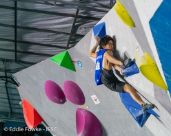 Tomoa Narasaki topping out and winning the Wujiang stage of the Bouldering World Cup 2019