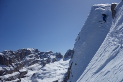 Crozzon di Val d'Agola: Roberto Dallavalle skiing down the NE Face