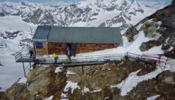 Matterhorn Carrel hut restrictions. Interview with Flavio Bich, Cervino guides president