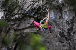 Angela Eiter repeating Pure Dreaming 9a at Massone, Arco