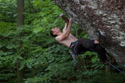 Adam Pustelnik ripete Action Directe 9a, Frankenjura, Germania