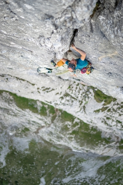 Martin Feistl making the rope-solo, ground-up first ascent of Flugmeilengenerator up Schwarze Wand in the Wetterstein massif in Germany's Zugspitze region.