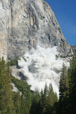 The cloud of dust caused by the rockfall on El Capitan in Yosemite, USA on 12/10/2010