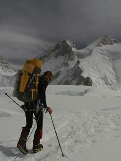 Denis Urubko shortly before establishing a new route solo on Gasherbrum II
