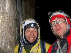 Slovenian pataGOnia 2005 expedition: party night on Cerro Torre.