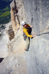 Nicola Tondini during the first free ascent of Menhir, Pilastro di Mezzo, Sass dla Crusc, Dolomites