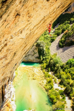 Seb Bouin at Rodellar making the first ascent of the spectacular 9a Detectives