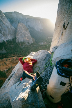 Barbara Zangerl resting on The Nose, El Capitan, Yosemite, during her free ascent with Jacopo Larcher