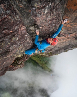 Leo Houlding making the first ascent of his new route up Mount Roraima in Guyana.