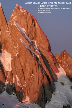 The route of Il dado is drawn, north face of Aguja Standhardt in Patagonia (Matteo Bernasconi, Matteo Della Bordella, Matteo Pasquetto 02/2020)