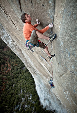 Tommy Caldwell on Pitch 7 in November 2009 of Mescalito, El Capitan, Yosemite.
