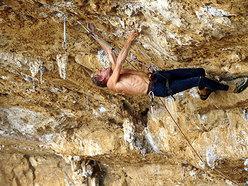 """Erri De Luca climbing """"Viaggio = infinito"""" 8b+  Grotta dell'Arenauta - Sperlonga"""