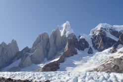 The avalanche on the west face of Cerro Torre triggered on 27/02/2020