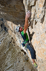 Simon Gietl during the first ascent of Fairplay (230m, 10-, Gietl, Gruber 2010), Piz Boè, Dolomites