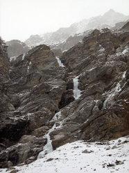 Vista dei primi 4 tiri della Cascata delle miniere (Valle dell'Orco)
