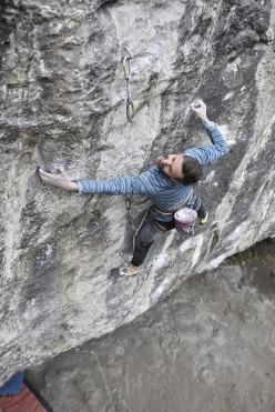 Ben Moon repeating Evolution 8c+ at Raven Tor, England, in 2018, first ascended in 1995 by Jerry Moffatt